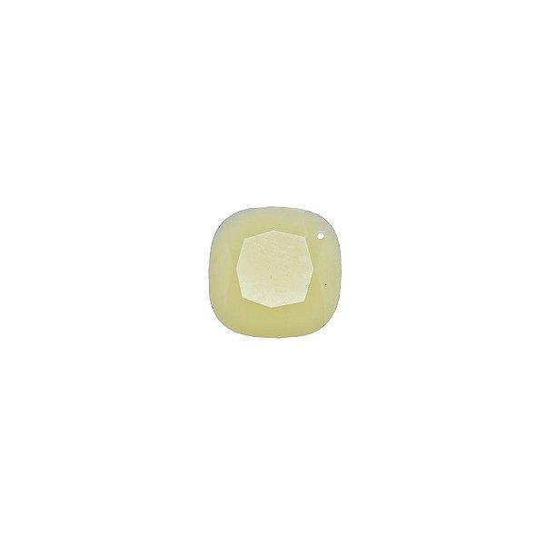 05-0908 - Pacote com 100 Acrílicos Marfim Pingente Losango Facetado 18mm