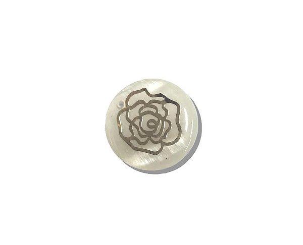 12-0266 - Pacote com 100 Madrepérolas com Chapa Flor Dourada 20mm c/ 1 Furo