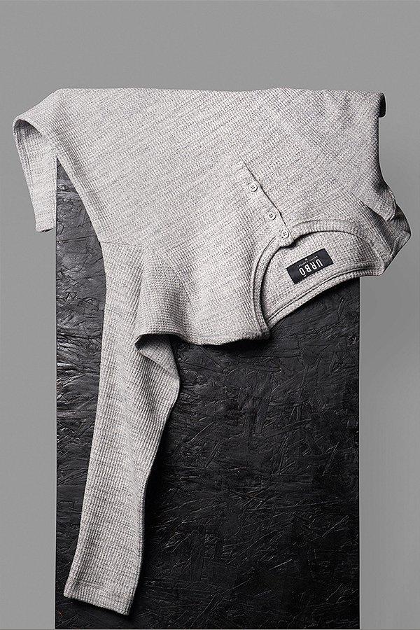Camiseta Henley Canelado