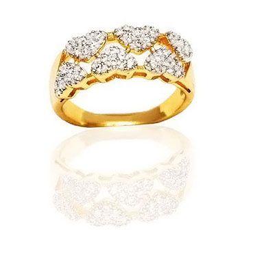 Anel coração cravejado com zircônia cristais folheado a ouro 18k