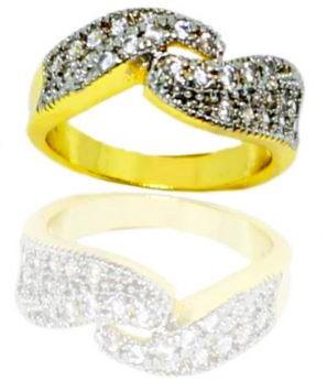 Anel feminino com pedra folheado a ouro 18K modelo trançado