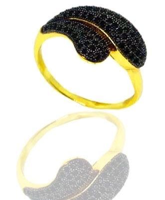 Anel Feminino folheado a ouro 18K ondas do mar com zircônias negras