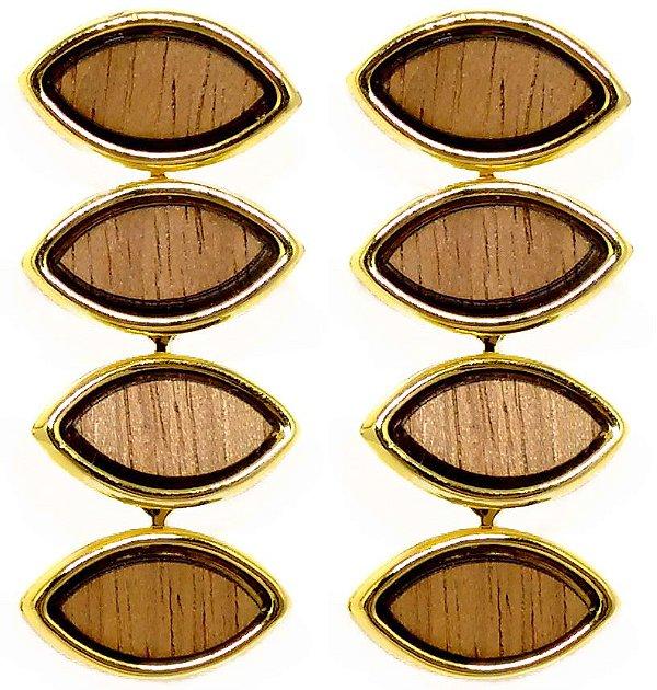 Brinco feminino com detalhes em madeira folheado a ouro 18k