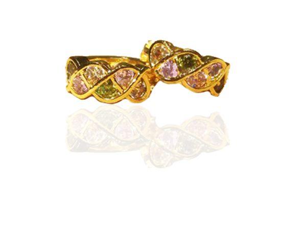Brinco argola cravejada com zircônia colorida folheado a ouro 18k