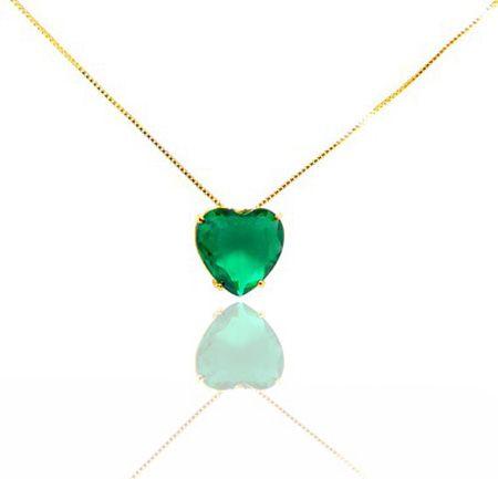 Colar com pingente de coração com pedra esmeralda folheado a ouro 18k