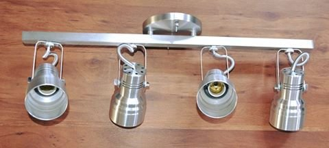 Lustre trilho com 4 Spots (Em Alumínio)