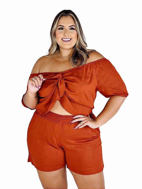 Conjunto Plus Size de Blusa Ciganinha e Shorts de Viscose Lisa