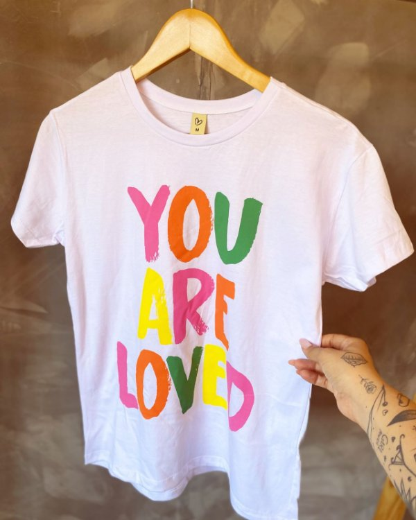 T-shirt YOU ARE LOVED