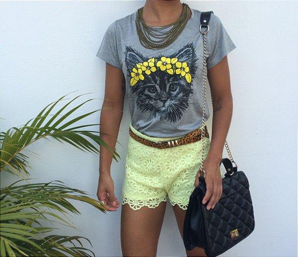 T-shirt Gatinha bordada