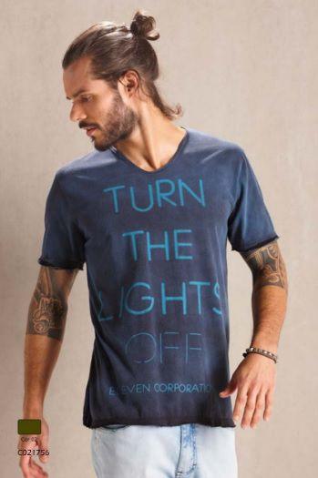 Camiseta Manga Curta Turn The Lights