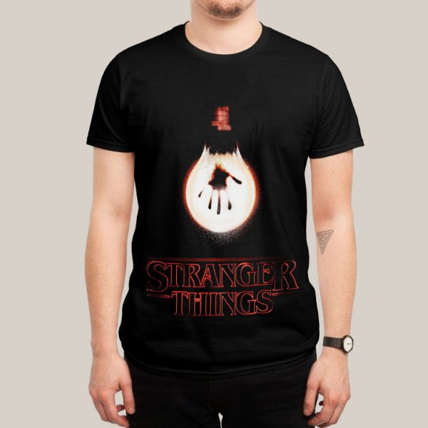 Camiseta Stranger Things Light