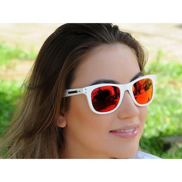 Óculos de Sol Jackdaw 32 Branco Brilho com Lentes Vermelho Espelhado