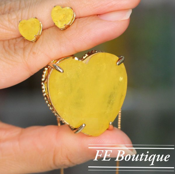 Conjunto Colar e Brincos Coração Fusion Cristal de Vidro - Dourado - Grande