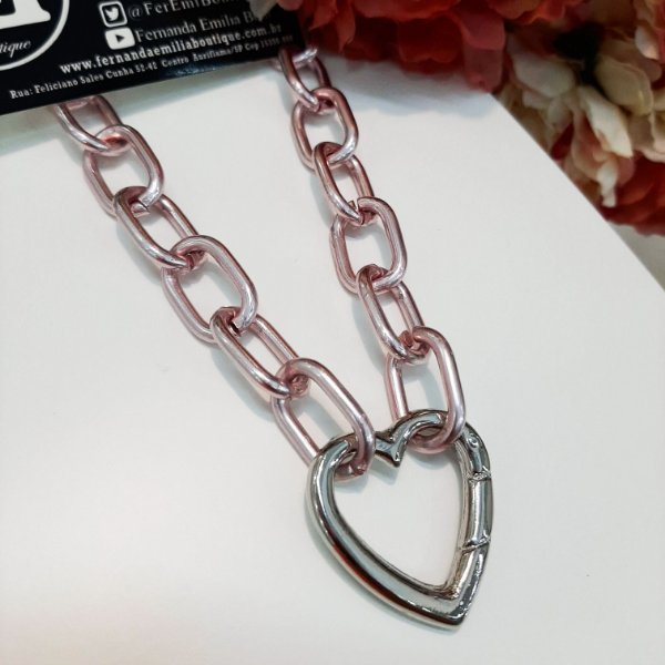 Colar Mosquetão Pink Chain