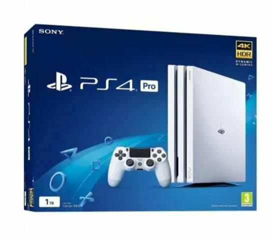 Playstation 4 PRO - 1TB - Branco