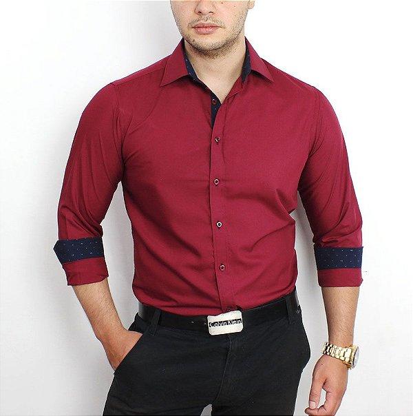 cd46c9847f3e4 Camisa Social Masculina Vinho Slim Fit em algodão Egipcio - até 48 ...