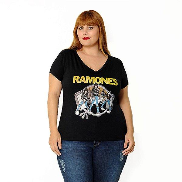 Camiseta Plus Size Ramones  Preta