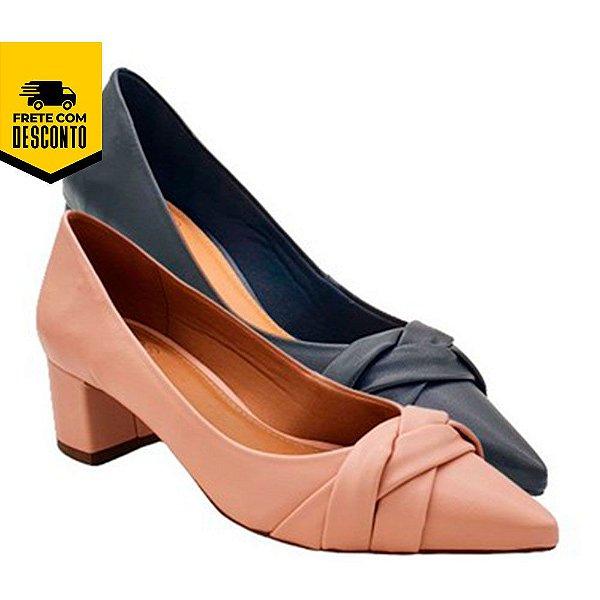 Sapato Feminino Bico Fino Salto Médio Grosso Scarpin Comfort Nanda Manu