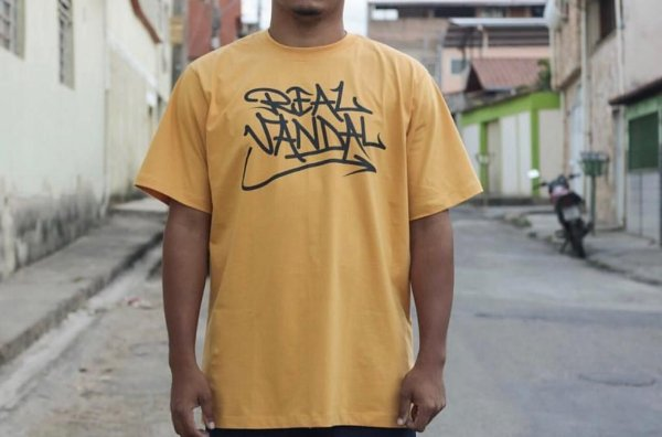 "Camiseta ""Tag Real Vandal"" 2"