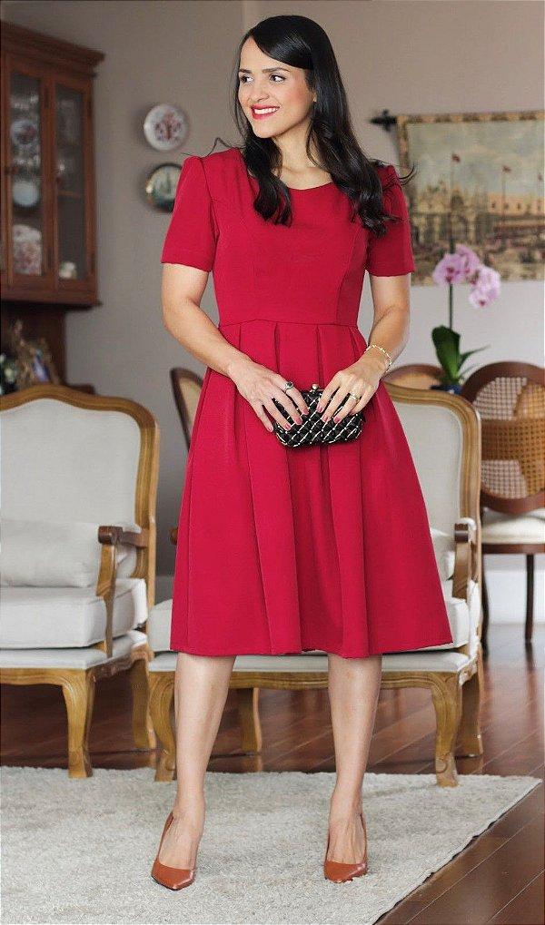 Vestido Vermelho de Pregas