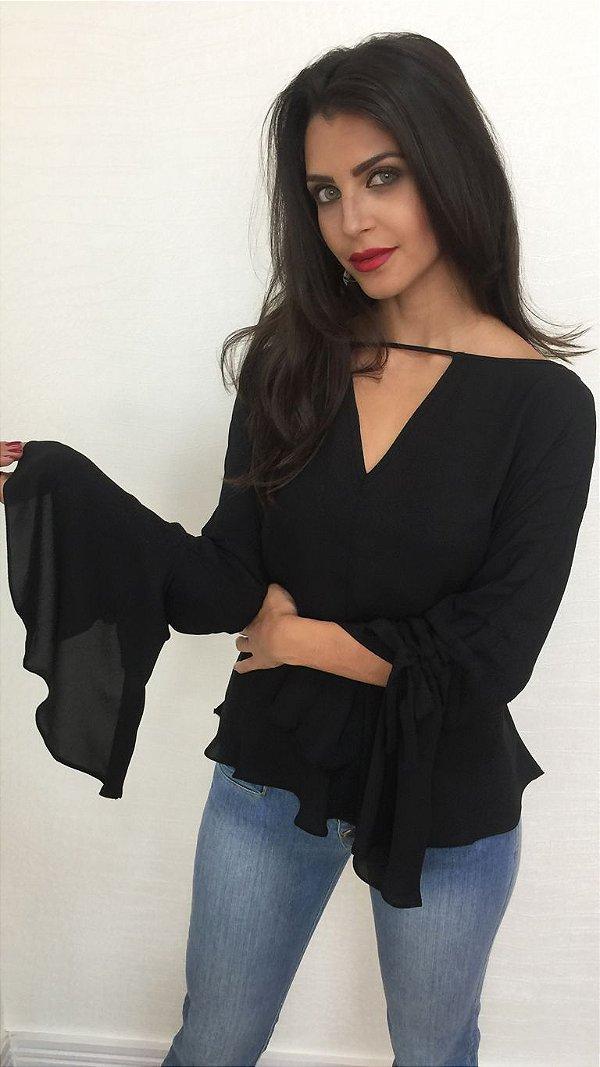 Blusa de Crepe Feminina Nikki