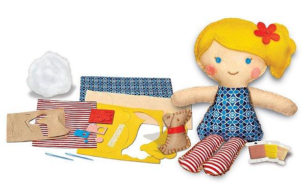 Costure uma boneca e um Cachorrinho de estimação
