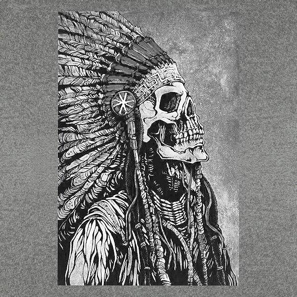 Camiseta Caveira Tribal
