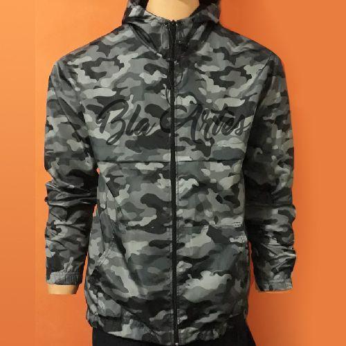 Blusa Corta vento M00000;y66as1      asculina estampada camuflada verde militar