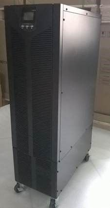 Nobreak G4 Dupla conversão 6kVA/5,4kW E: 220V S: 120V