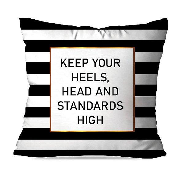 ALMOFADA OU CAPA KEEP HEAD HIGH