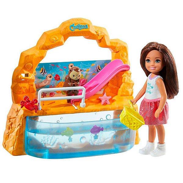 Mini Boneca Barbie Club Chelsea Aquário Com Acessórios