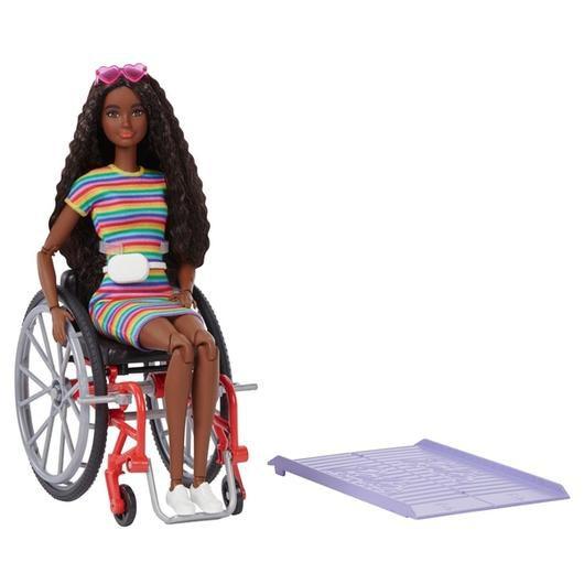 Boneca Barbie Fashionistas Na Cadeira De Rodas Morena  + Rampa Edição 2021