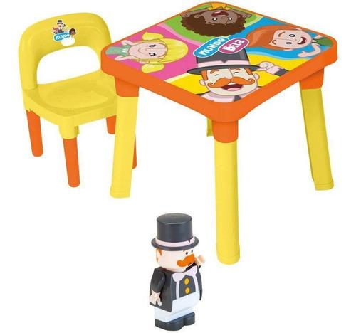 Mesinha Mesa Infantil Mundo Bita Didatica + Cadeira + Boneco