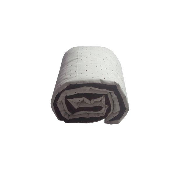 Protetor bolinhas bordô + bordô cesto palha com alças