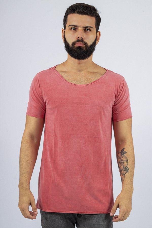 Camiseta Gola Canoa Vermelha Básica Estonada