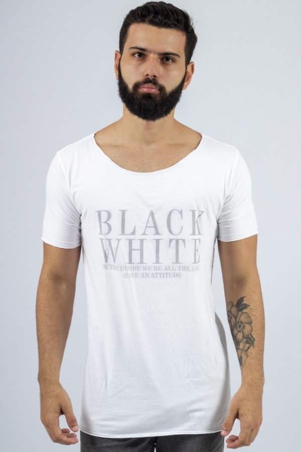 Camiseta Gola Canoa Branca B&W