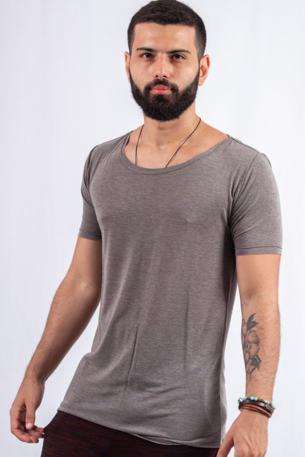 Camiseta Gola Canoa Tricô Cinza Básica