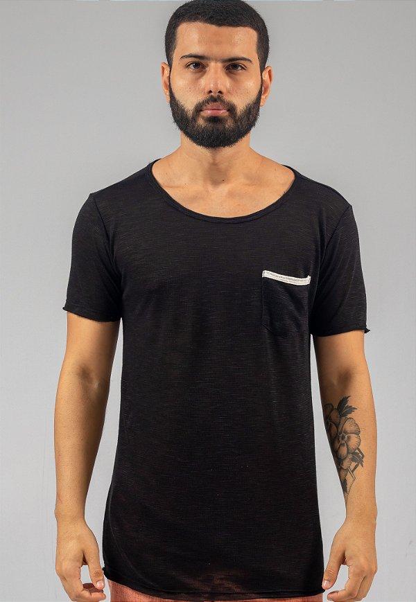 Camiseta de Tricô Masculina Preta Com Bolso