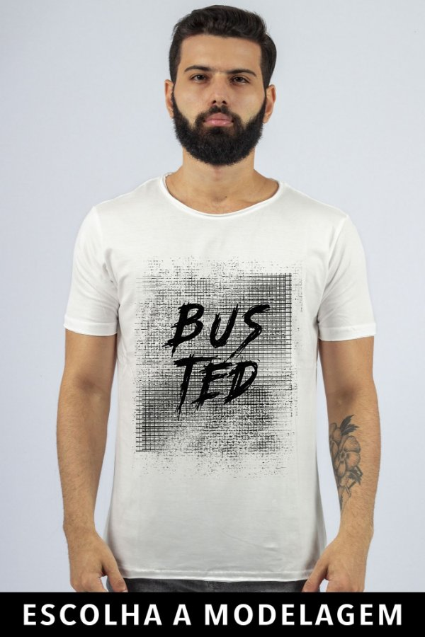 Camiseta Branca Busted Grade