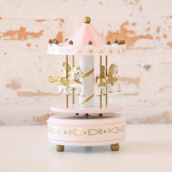 Carrossel musical - rosa, branco e dourado