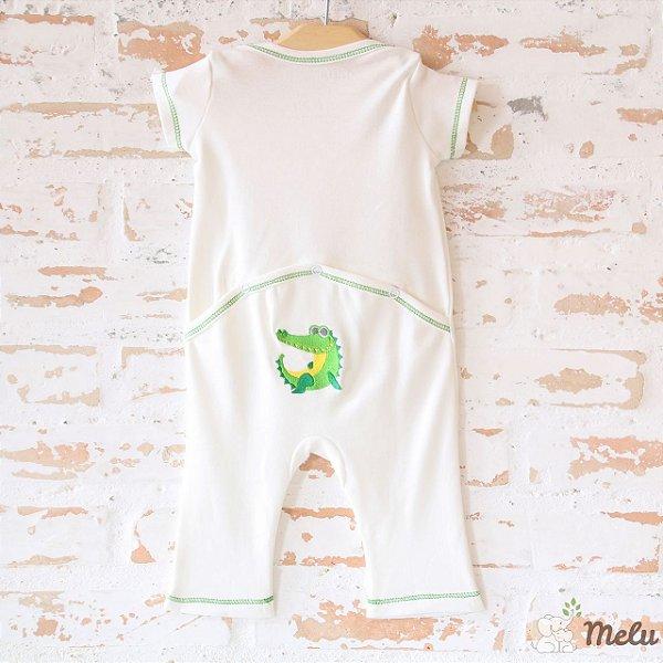 Pijama com Abertura Traseira - Sem Pezinho -  Bordado Crocodilo