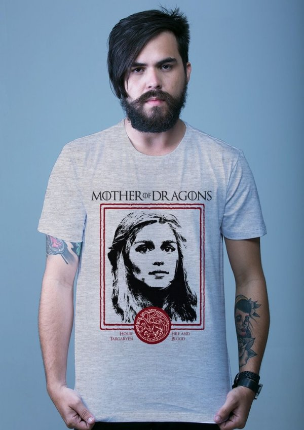 Camiseta Game of Thrones - Daenerys Targaryen
