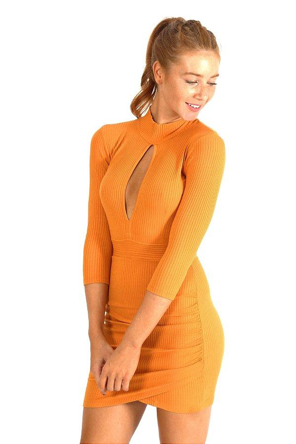 Vestido Amber Canelado Mostarda