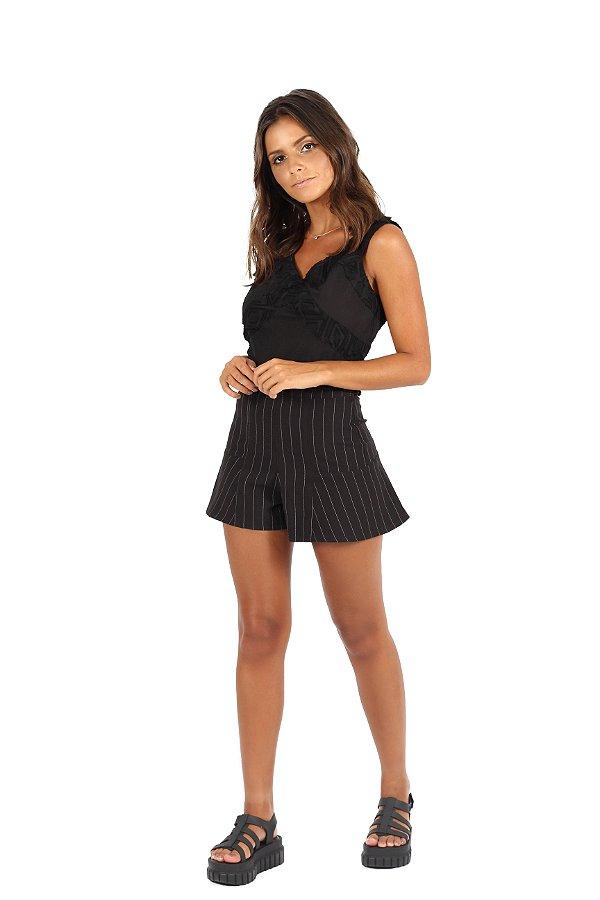 Shorts Babado Giz