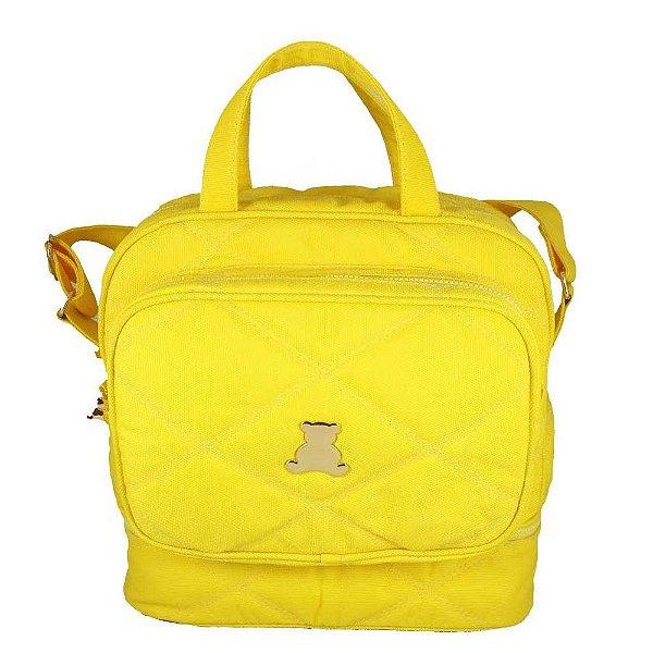 Bolsa Maternidade de transpassar média  com compartimento térmico em nylon matelassado amarelo . TAM :  33 Largura x 33 Altura X 15 Profundidade