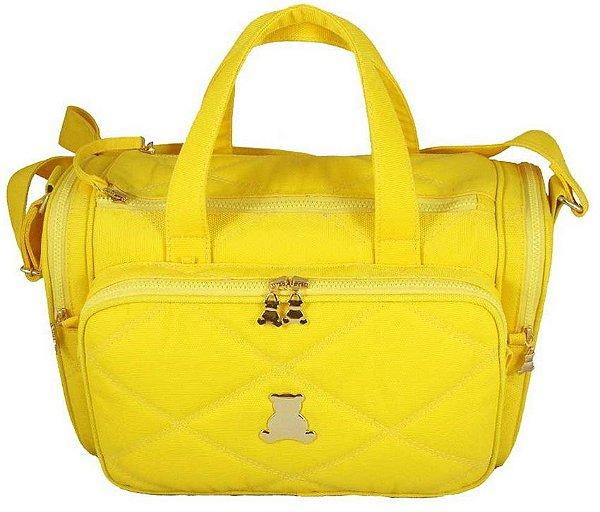Bolsa maternidade de transpassar grande, ideal para gêmeos, com bolsos bilaterais térmicos, em nylon matelassado amarelo . TAM :  44 Largura x 31 Altura X 13 Profundidade