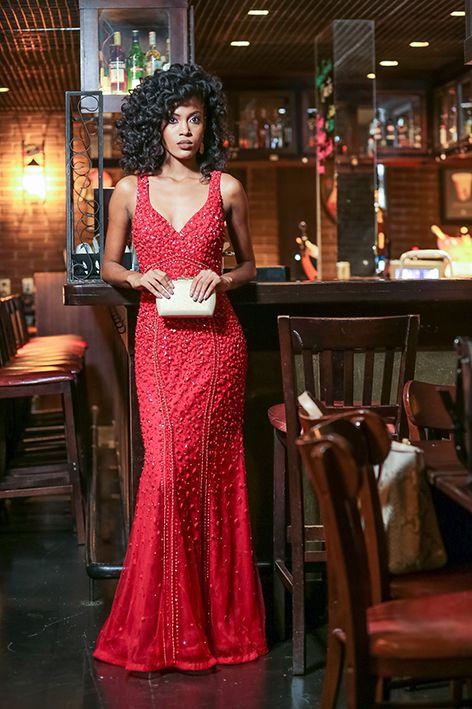 Vestido de Festa Vermelho Longo Sereia Bordado Daiana Aluguel