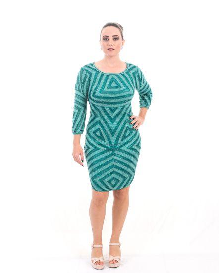 Vestido de Festa Verde Curto Bordado Manga Tule decote Costa Shakira