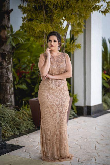 Vestido de Festa Plus Size Dourado Longo Nicole Aluguel