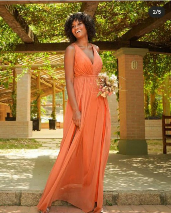 Vestido De Festa Kimberly Longo Liso Terracota Aluguel